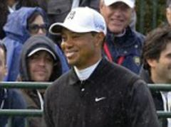 Tiger Woods stays ahead in California with Zach Johnson just two shots behind